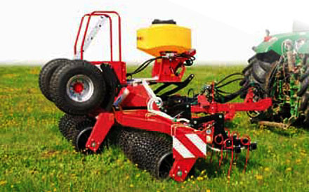 SMS Cambridge Roller with Seeding Equipment